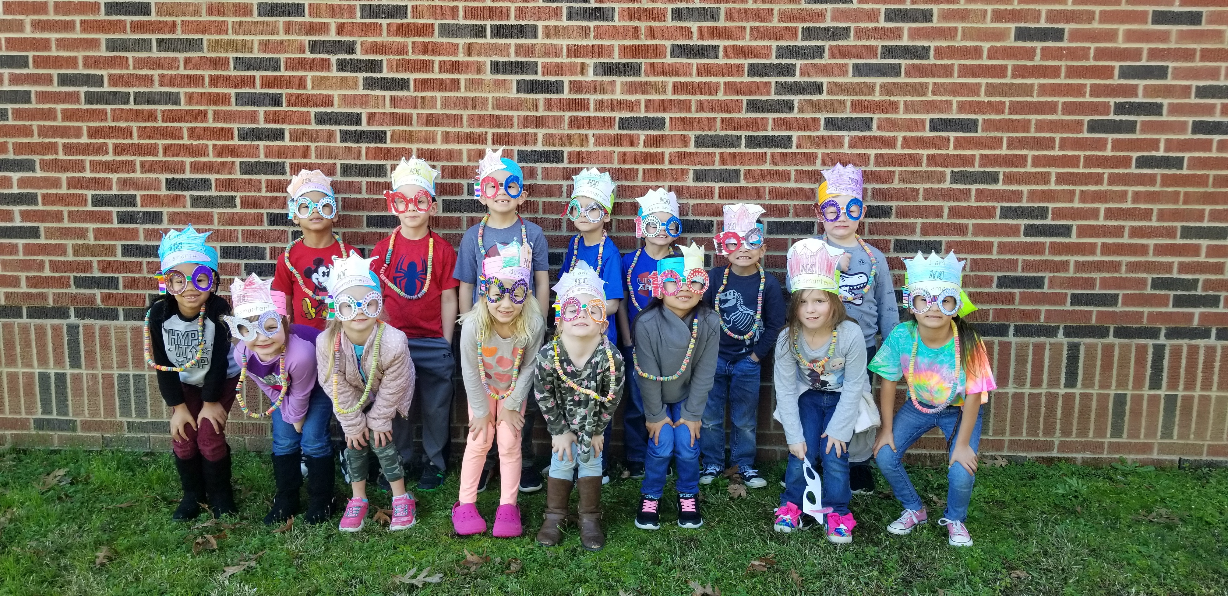 Carlisle ISD students celebrate the 100th day of school