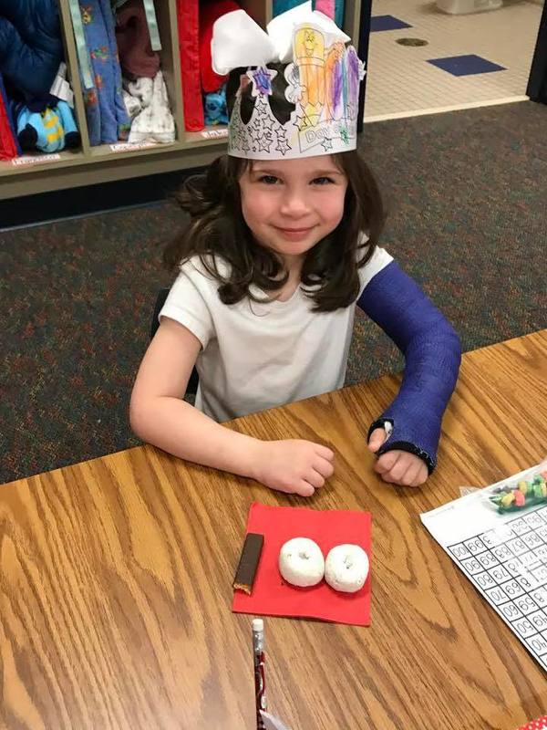 Carlisle Pre-K student celebrating her 100th day